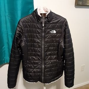 Northface girls puffer jacket